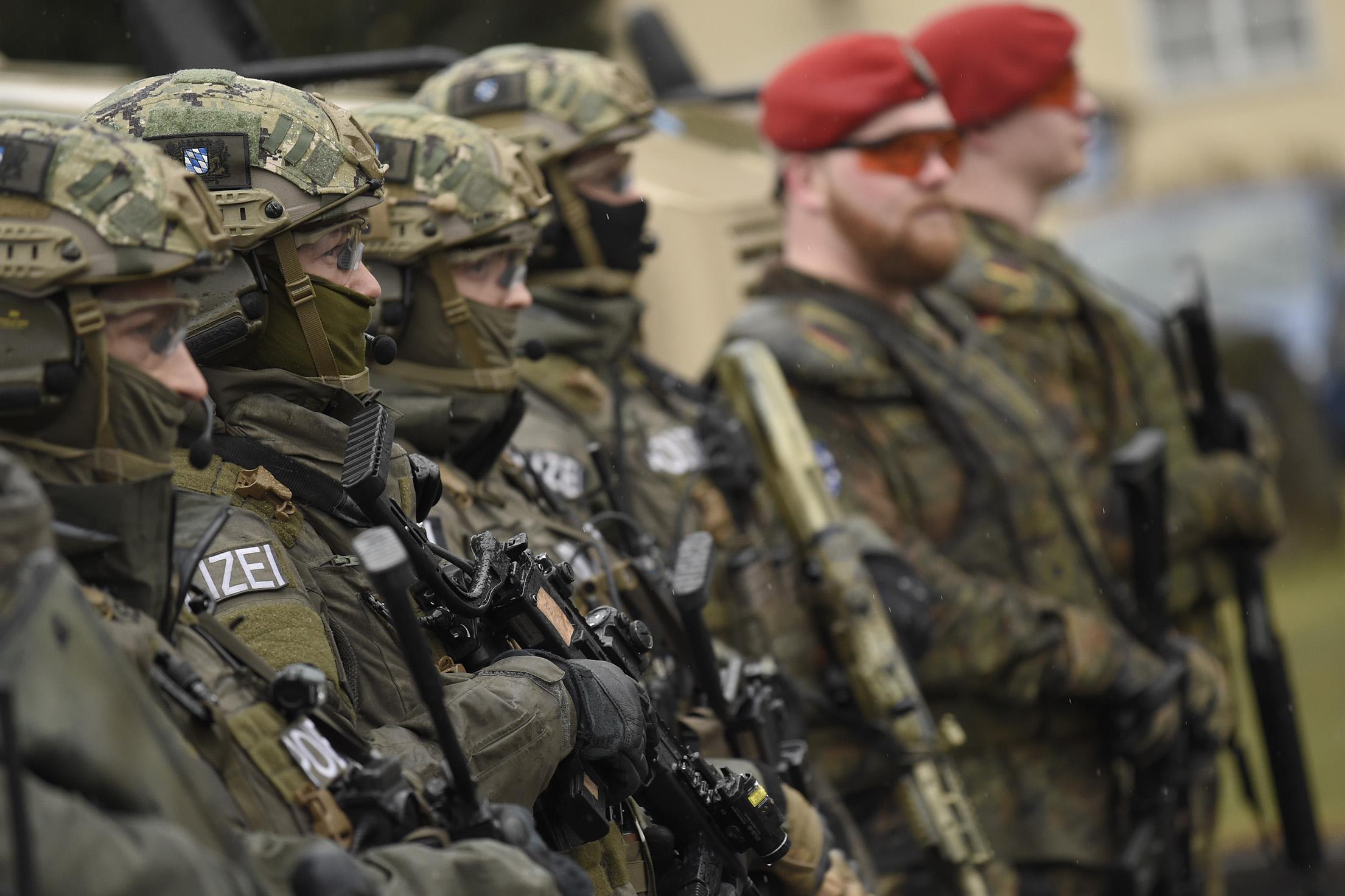 germany army ile ilgili görsel sonucu