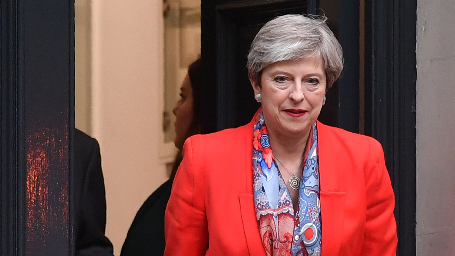 Tories and DUP to agree 'confidence and supply' deal