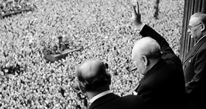 170621-Churchill-Churchill_waves_to_crowds.jpg