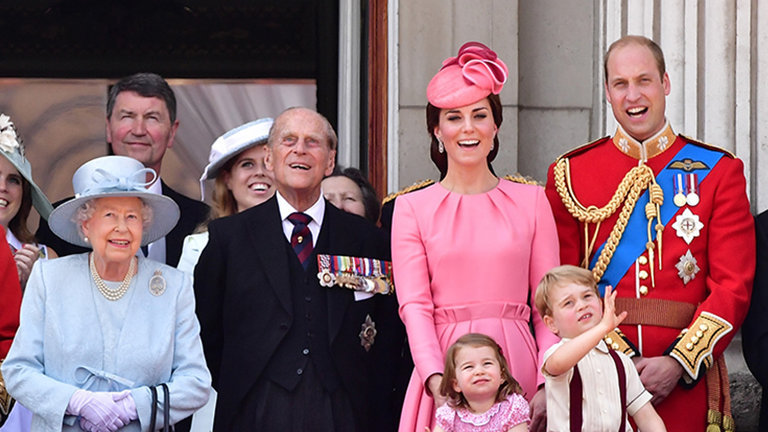 the british monarchy A guide to the british royal family through the eyes of students who live in england answers to the most asked questions about the uk monarchy.