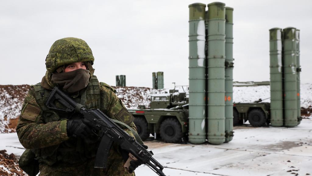 181204-Crimea Missiles-GettyImages-1066354392.jpg