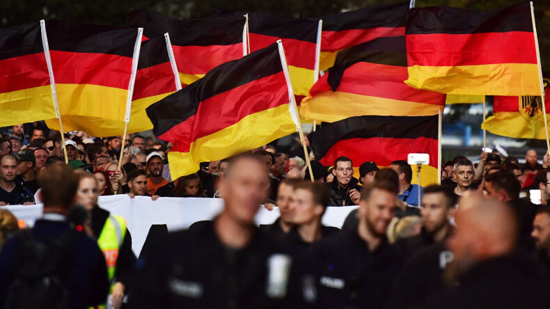 Support for a Dictatorship Rises in East Germany